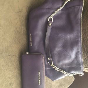 Michael Kors pocket book with matching wallet